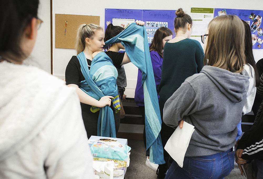Säuglingsbetreuung Berufsfachschule für Kinderpflege